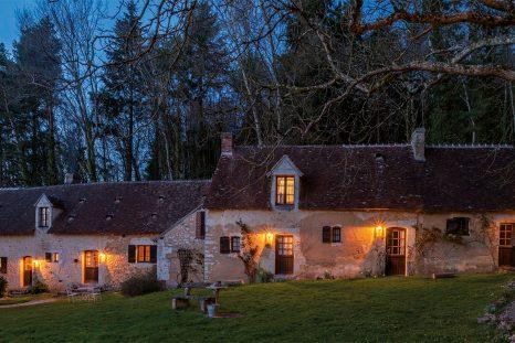 Le Parisien Bertrand Grébaut a choisi la solitude du Perche pour ouvrir son restaurant D'une île.